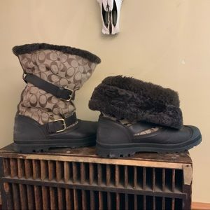 Coach Holloway signature print Fur lined boot 11